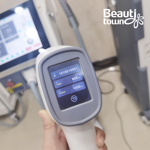 Rapid Hair Removal Painless 3 Wavelength Beauty Equipment